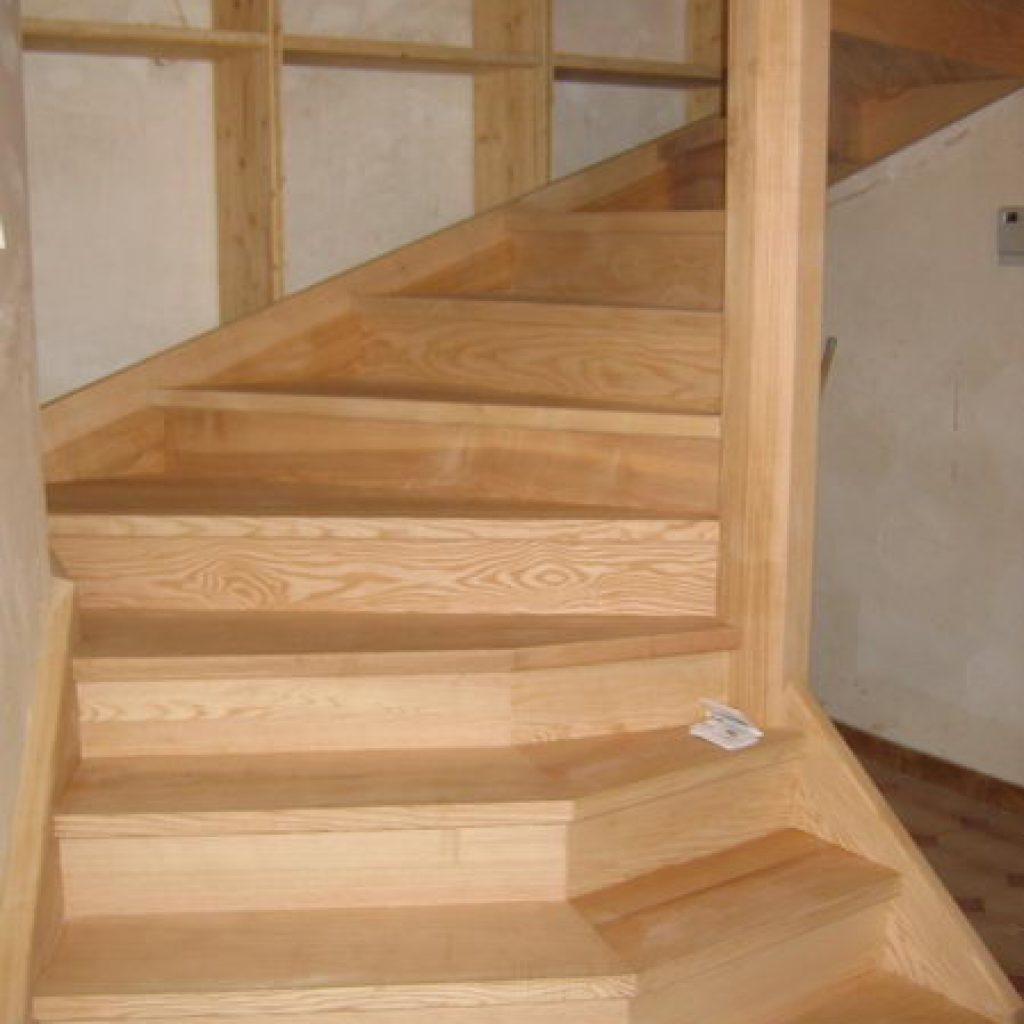 06 10 escalier colima on sur 2 tages ou 4 4 tournant espace bois. Black Bedroom Furniture Sets. Home Design Ideas