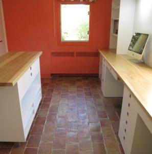 14 10 agencement bureau en medium laqu et plan de travail en fr ne vernis espace bois. Black Bedroom Furniture Sets. Home Design Ideas