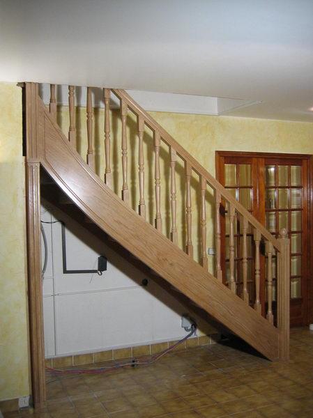08 02 escalier 1 4 tournant haut espace bois. Black Bedroom Furniture Sets. Home Design Ideas